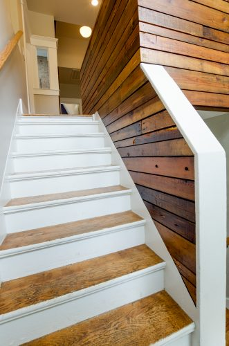 17-project-bootstrap_howard-avenue_8939