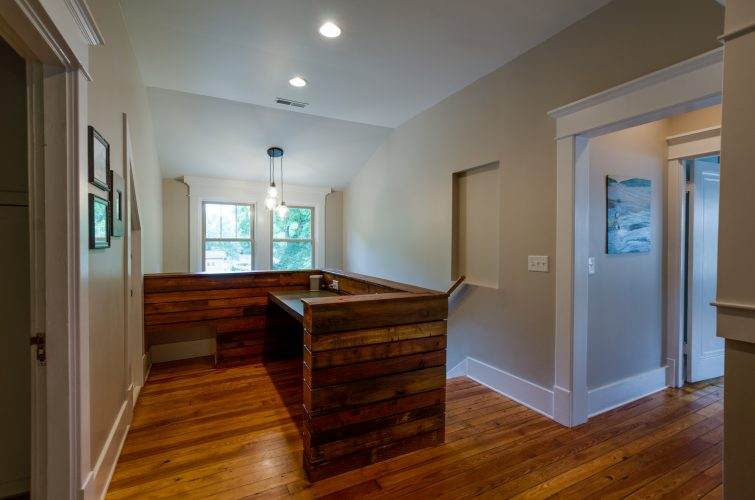 7-project-bootstrap_howard-avenue_8903